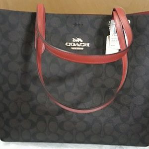 NWT Coach Signature Town Tote w/Brown True Red
